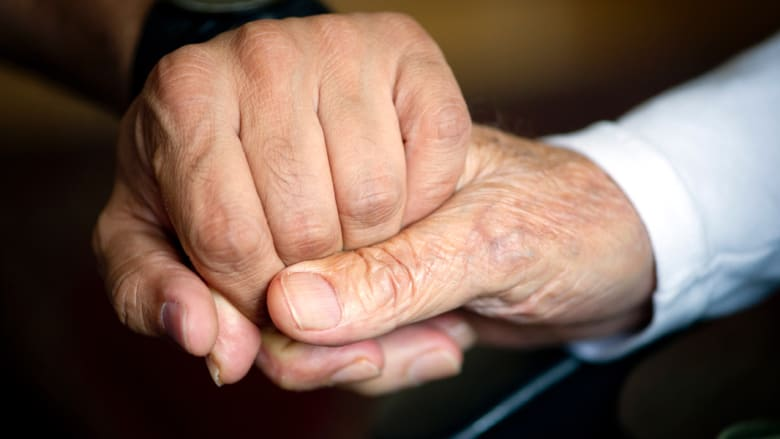 دراسة: هل سنشهد عالماً يكثر فيه كبار السن؟