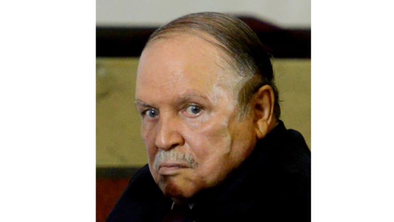 الجزائر: بوتفليقة ينهي مهام مستشاره عبدالعزيز بلخادم وصلته مع كافة هياكل الدولة