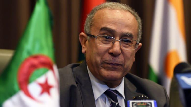 الجزائر تحرر دبلوماسييها المختطفين بمالي وتؤكد مقتل اثنين