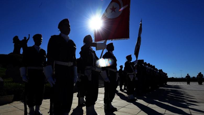 """تونس: اشتباكات بين الأمن و""""مجموعة إرهابية متسللة"""" قرب حدود الجزائر"""
