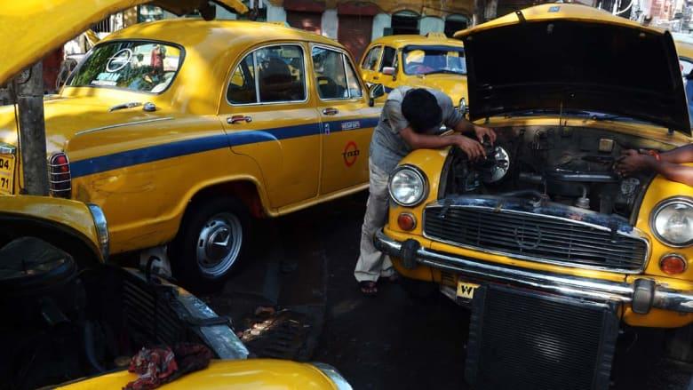 كالكوتا، الهند - إضراب لسائقي التاكسي احتجاجا على تغيير قوانين النقل ومعاملة الشرطة السيئة ، 3 سبتمبر/ أيلول 2014