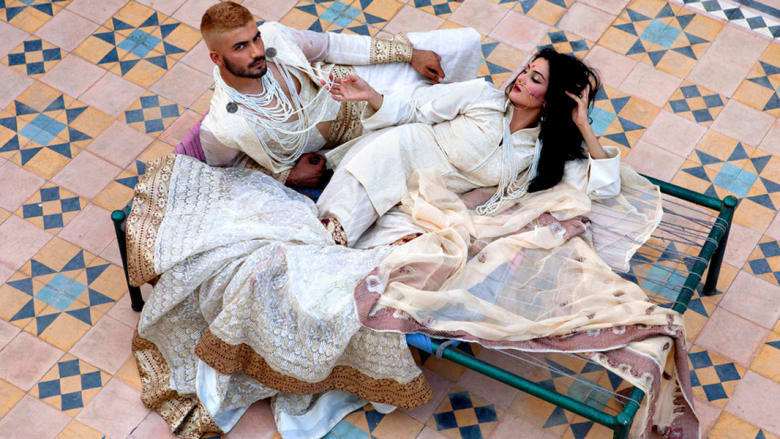 هكذا تتحدى الموضة الباكستانية حركة طالبان
