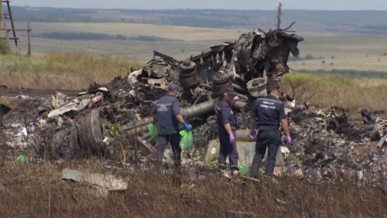 الطائرة الماليزية إم إتش 17.. هل اقترب كشف سبب سقوطها؟