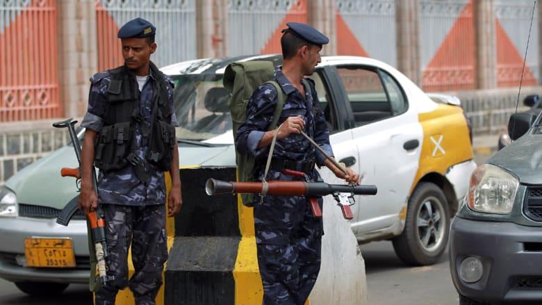 اليمن: الحوثيون يوسعون احتجاجهم وسط العاصمة والطيران الحربي يقصف مواقعهم في الجوف
