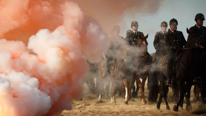 بالصور..هل تهزم الخيول بين النار والدخان؟