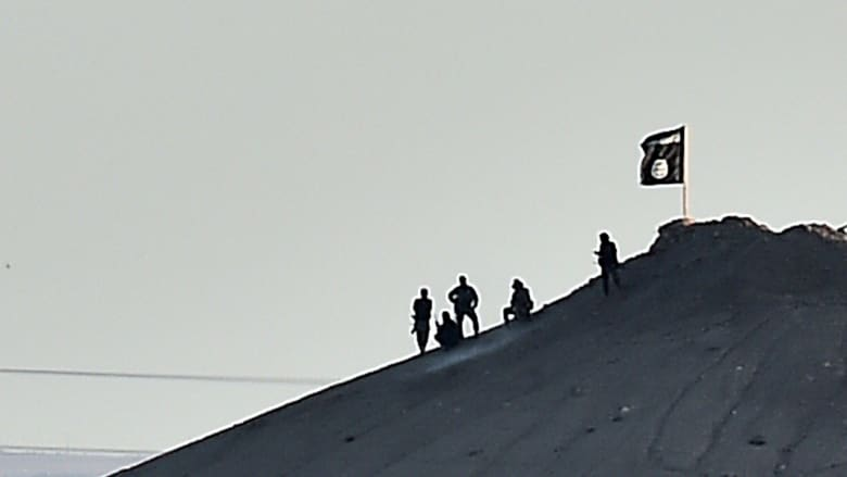 شهود من داخل كوباني لـCNN: معارك ضارية بالشوارع.. وقوة خاصة من التنظيم تخترق الدفاعات