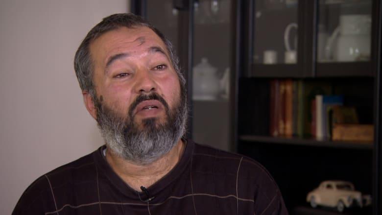 والد ثلاثة بريطانيين يقاتلون في سوريا لـCNN: الشهداء مثواهم الجنة.. لكنني أب وأخاف عليهم