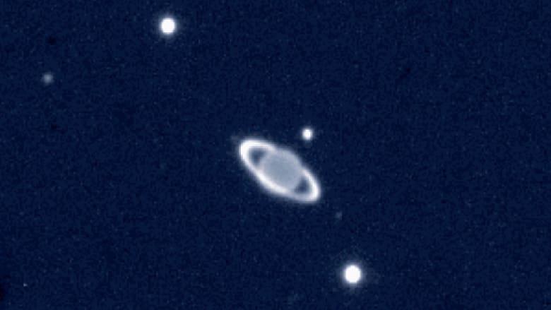 حدث نادر.. أوروانوس سيختفي خلف القمر أثناء خسوف القمر الكلي الأربعاء