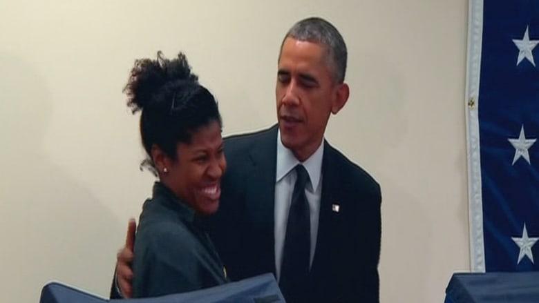 رجل يخاطب الرئيس الأمريكي: لا تلمس صديقتي