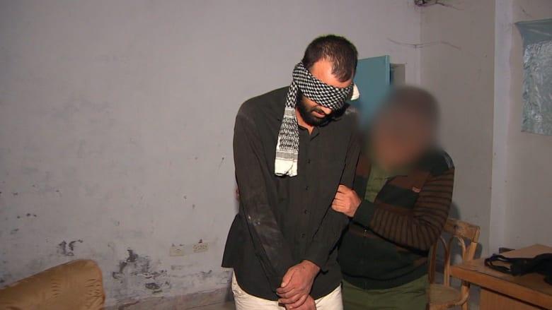 محتجز من داعش لمراسل CNN: لو وقعت بأيدي التنظيم فلن يكتفي بإطلاق رصاصة على رأسك