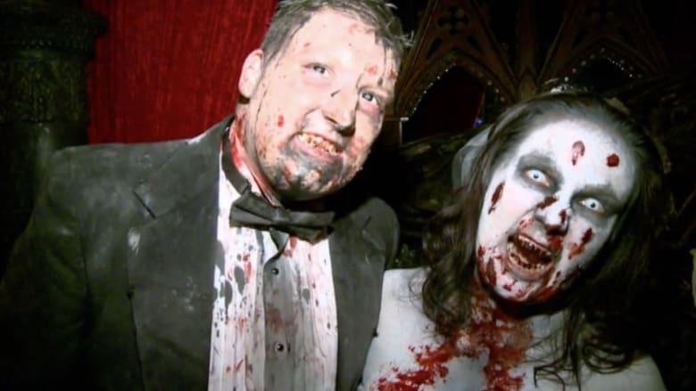 غرائب الهالوين .. العروسان زومبي والزفاف في مشرحة