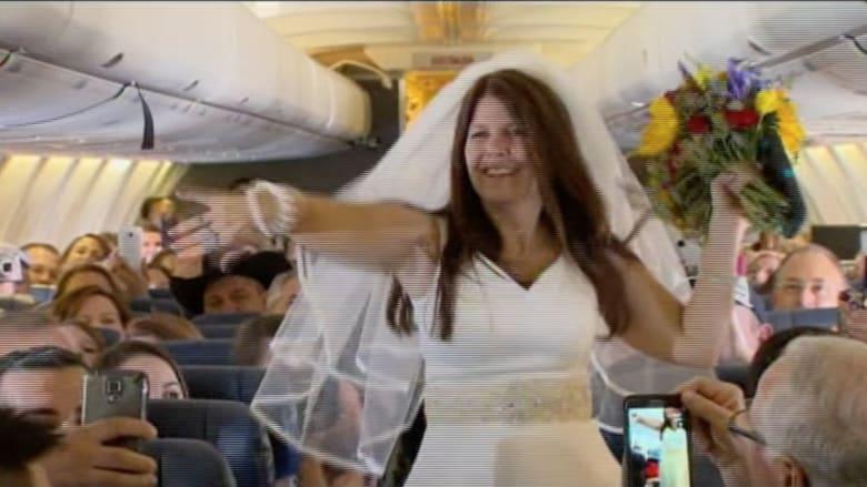 بالفيديو.. زواج فوق الغيوم ..  و140 مدعواً يحلقون في الحفل