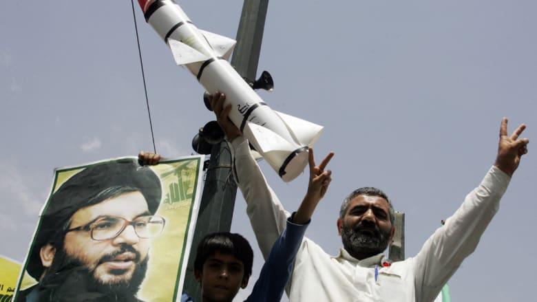 """مصادر إيرانية تؤكد تزويد """"حزب الله"""" بصواريخ """"فاتح"""" ومفاعل """"ديمونا"""" أبرز أهدافها"""