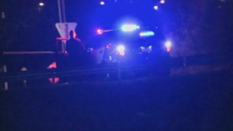 بالفيديو.. مقتل مسلح برصاص الشرطة في تكساس بعد الاشتباه بارتدائه سترة ناسفة