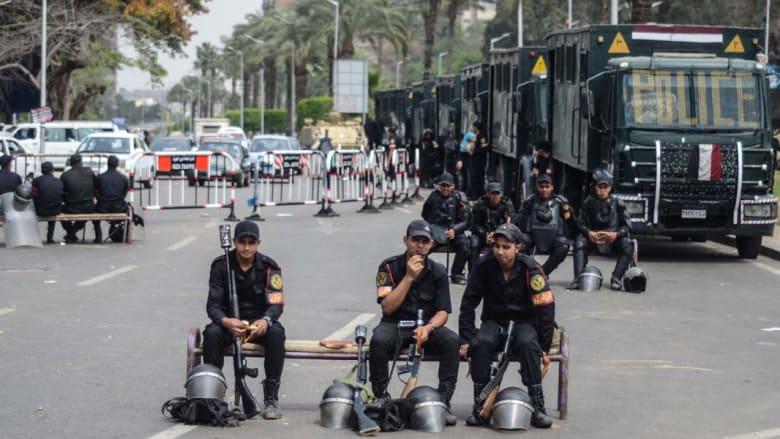 """ضبط أسلحة وأعلام """"داعش"""" بالقاهرة والداخلية توجه باستخدام الرصاص الحي ضد المخربين"""