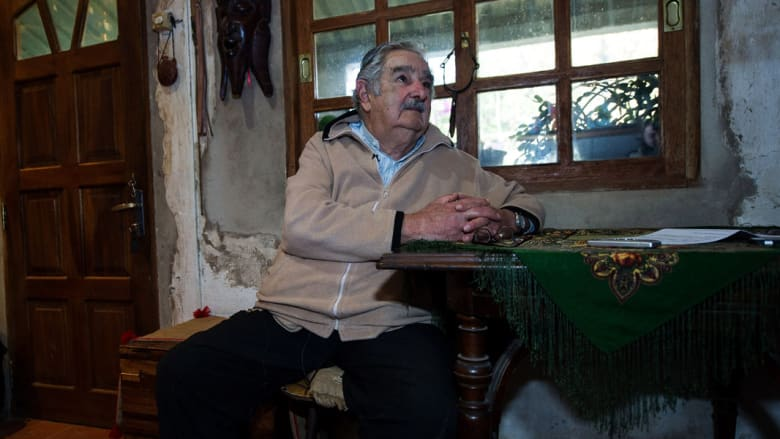 سيخلفه حامل إرثه فاسكيز.. أشهر 10 جمل قالها أفقر رئيس في العالم