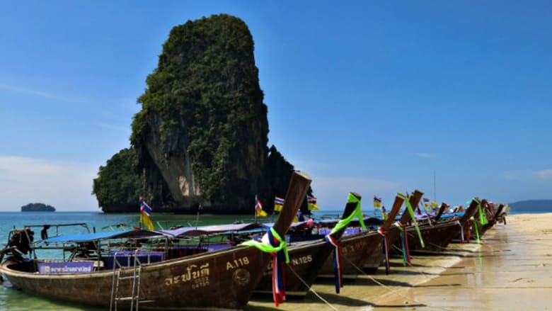 مدينة آو نانغ التايلاندية المشهورة بشواطئها ورياضة الماء