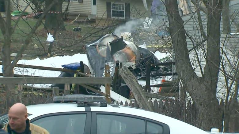 بالفيديو.. طائرة تصطدم بمنزل وتقتل ثلاثة أمريكيين