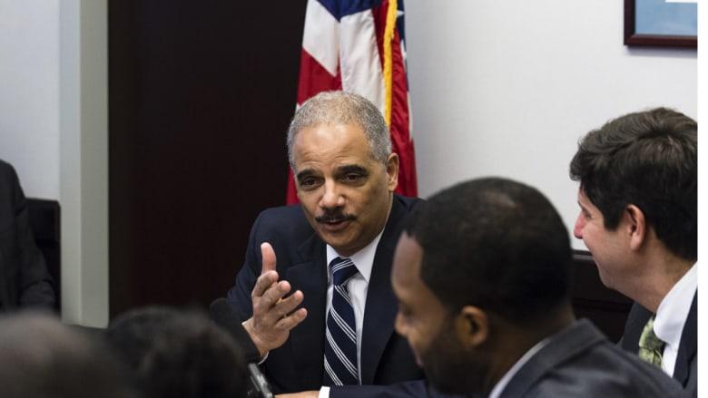 واشنطن لن تحقق في جرائم جنائية بعد تقرير الكونغرس ولن تنفذ أي مذكرة أجنبية باعتقال مسؤولين