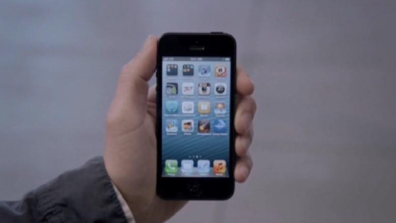 هل لديك مشكلة مع بطارية أيفون 5؟ هناك واحدة مجانية من أبل