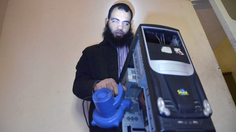 محمد علي.. كفيف مصري ويعمل كمدير تكنولوجيا المعلومات