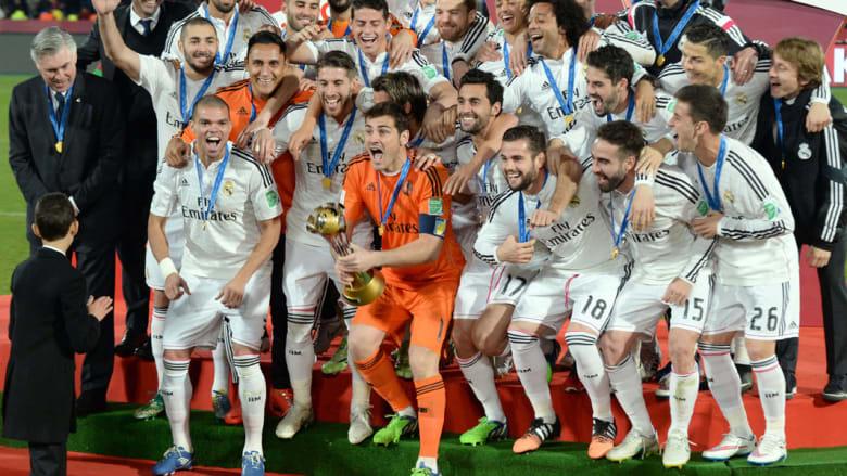 ولي العهد المغربي الحسن الثالث ينتزع الأضواء من نجوم ريال مدريد