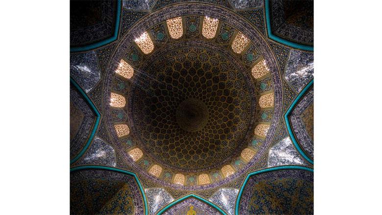 مسجد الشيخ لطف الله، أصفهان، إيران.