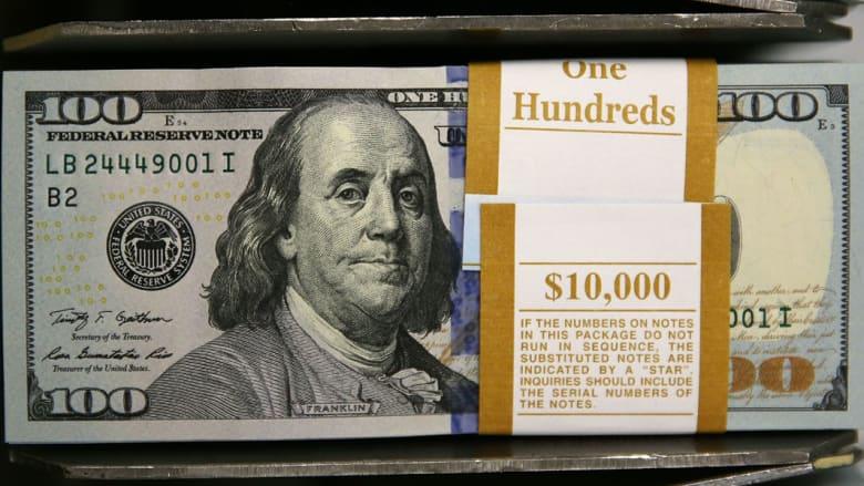"""هل ينفض """"العم سام"""" يده من العملة الورقية فئة 100 دولار؟"""