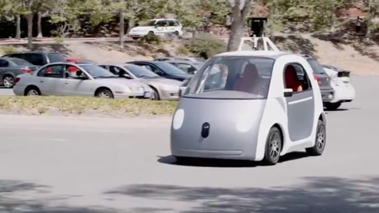 """قريبا تزاحمك في الشارع .. سيارة بلا سائق من """"غوغل"""""""
