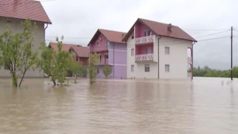 بالفيديو.. فيضانات تجتاح منطقة البلقان