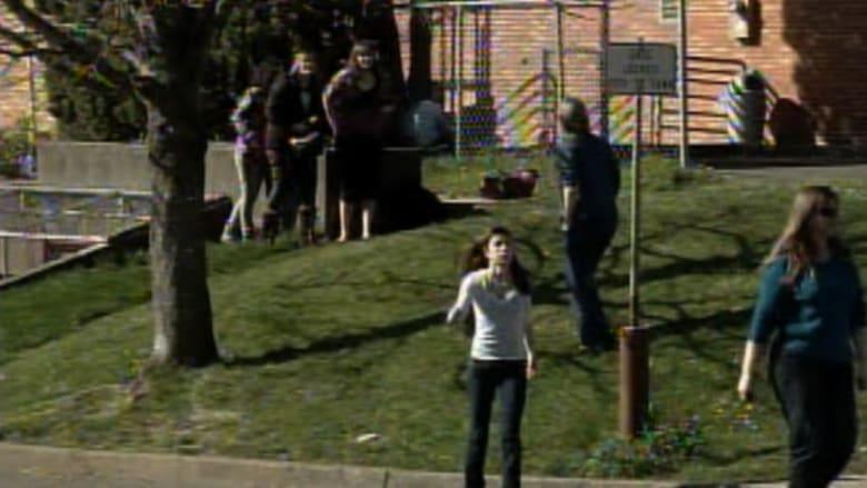 مدرسة أمريكية تمنع العناق بسبب تنامي الشكاوى من اللمس