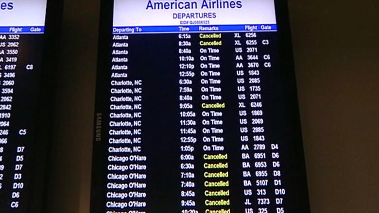 كابوس الطقس البارد يلغي آلاف الرحلات بأمريكا