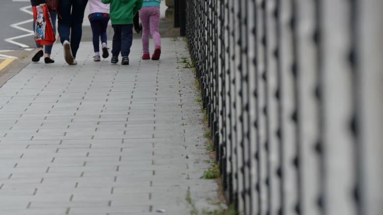 تقرير مروّع يكشف استعبادا جنسيا منهجيا لمئات الطفلات من قبل جماعة باكستانية