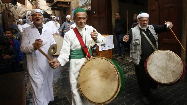 لقطات من احتفال المسلمين بذكرى المولد النبوي