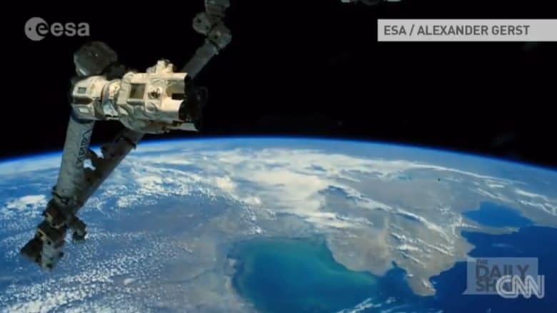 مشهد مذهل للأرض من الفضاء بتقنية الفاصل الزمني