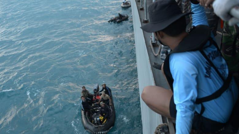 كارثة الرحلة 8501.. رصد إشارات محتملة للصندوق الأسود لطائرة طيران آسيا