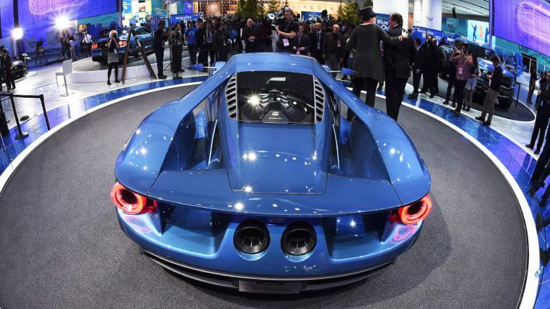 """بالصور.. فورد توجه ضربة لمنافسيها بسيارة جي تي مزودة """"بأقوى محرك يصنع للاستهلاك التجاري"""" على الإطلاق"""