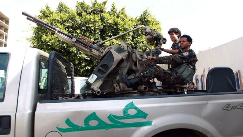 بالصور.. تسلسل الأحداث باليمن حتى سيطرة الحوثيين على القصر الرئاسي