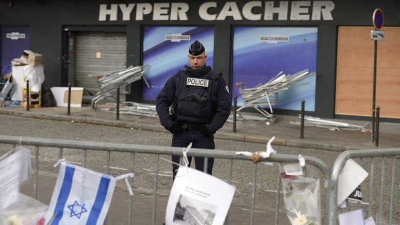 مصدر أمني لـCNN: هناك إشارات حول طلب منفذي هجمات باريس لمعاونيهم بمغادرة البلاد قبل تنفيذ العملية