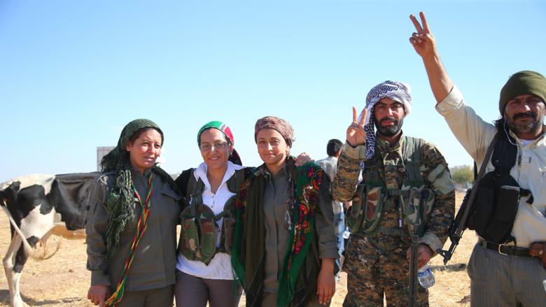 """المرصد: القوات الكردية تسيطر على كامل مناطق عين العرب """"كوباني"""" وتطرد داعش"""