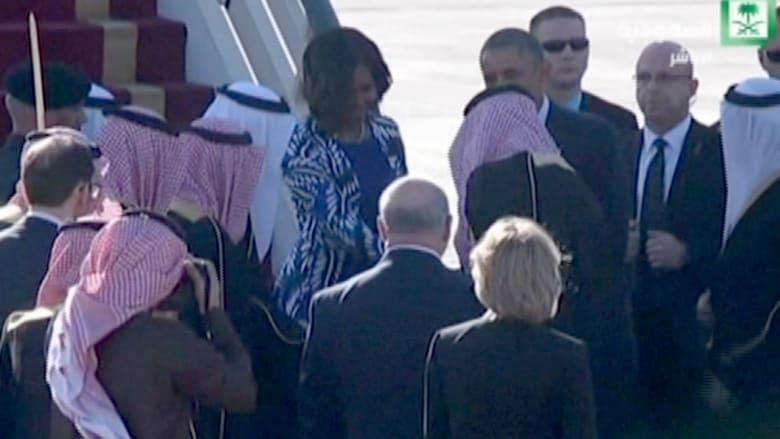 بالفيديو.. لحظة وصول أوباما وعقيلته إلى السعودية