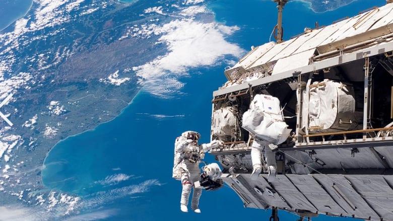 تصميم كوب مخصص لشرب القهوة .. في الفضاء