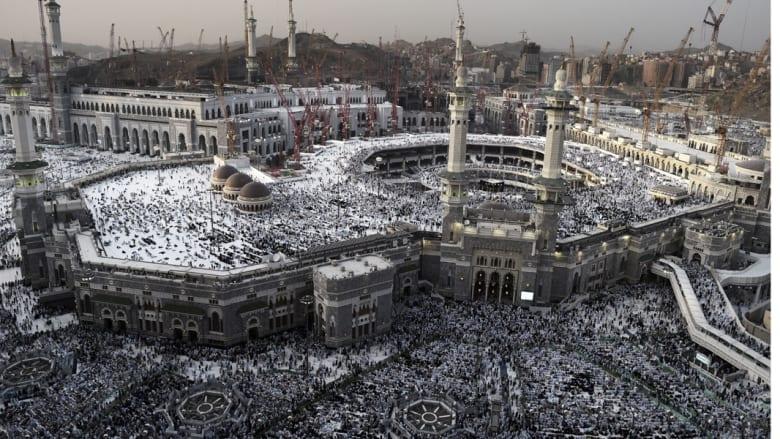 قصة الطيار الكساسبة في خطب الجمعة على منابر السنة والشيعة في مكة وطهران والرياض