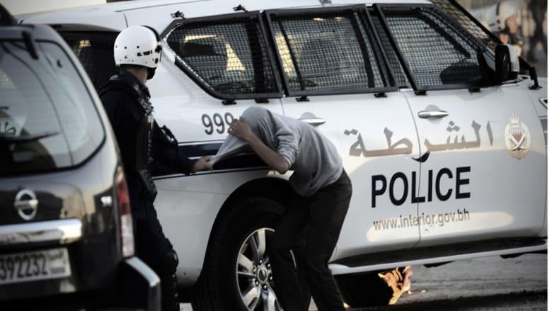 إصابة 3 رجال أمن في البحرين في هجوم بالقنابل الحارقة