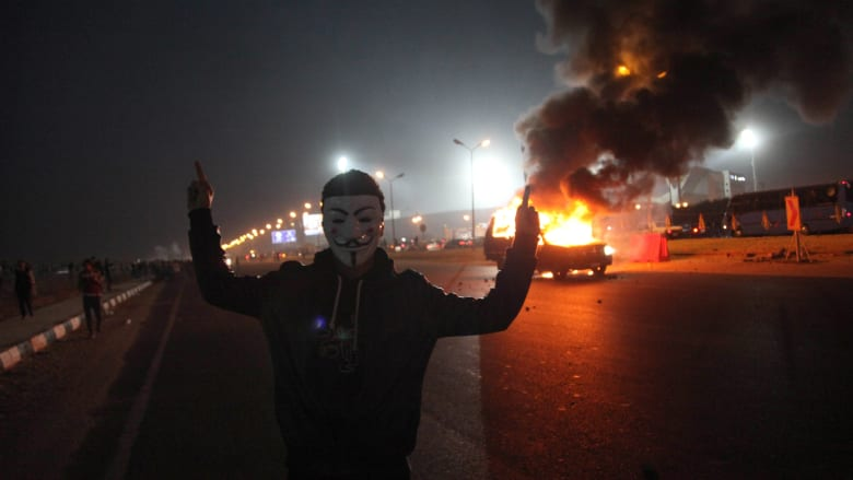 خصوم الإخوان يحملونهم مسؤولية أحداث مباراة الزمالك والجماعة ترد: مذبحة من السيسي وعصابة الانقلاب