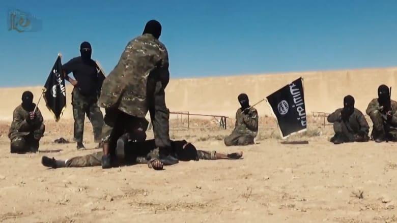 """رغم غارات التحالف.. تنظيم """"داعش"""" يتمدد ويهاجم على عدة جبهات في العراق وسوريا"""