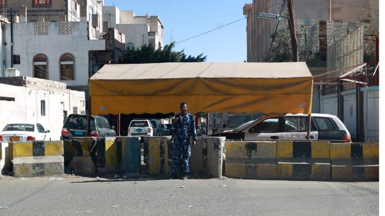 ألمانيا تغلق سفارتها في صنعاء وتجلي طاقم الدبلوماسيين