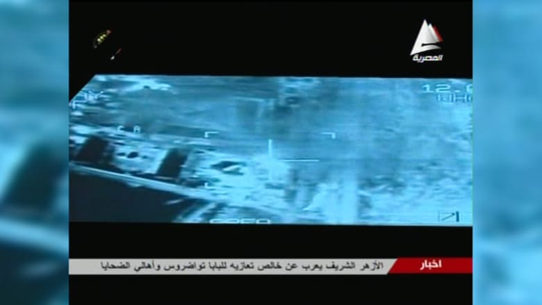 شاهد.. غارات القوات المصرية على مواقع لداعش في ليبيا