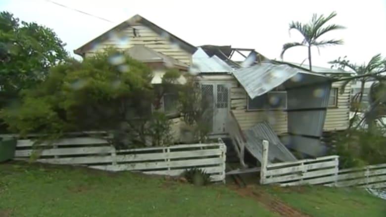 """بالفيديو.. دمار واسع في استراليا بسبب الاعصار """"مارسيا"""""""