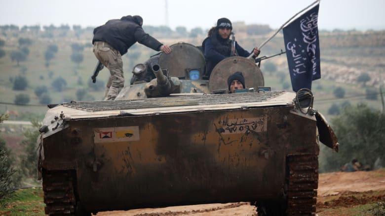 """""""داعش"""" ينفذ إعدامات قطع الرأس على أبواب دمشق ويرفع معنويات أنصاره بـ63 قتيلاً من جنود النظام"""